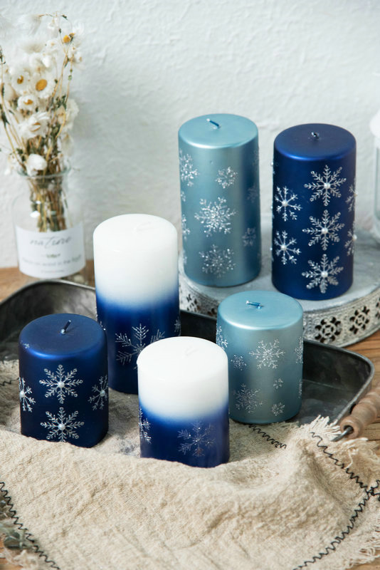 Aromatherapy candles are green and healthy products